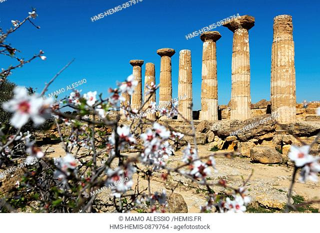 Italy, Sicily, Agrigento, listed as World Heritage by UNESCO, Valley of temples, Temple of Heracles