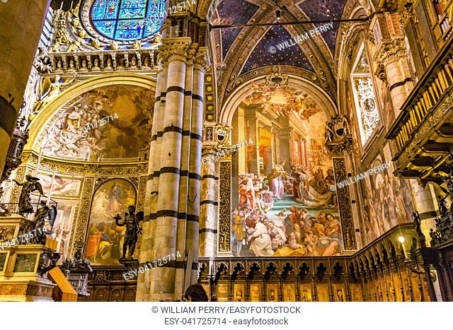 King Nobles Painting Nave Stained Glass Cathedral Church Siena Italy. Church from the 1500s