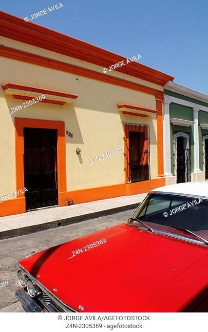 Cars & walls, color