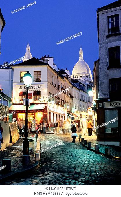 France, Paris, Montmartre District, Le Consulat Cafe and Basilique du Sacre Coeur The Basilica of the Sacred Heart