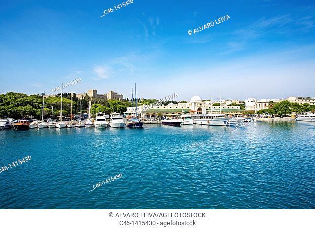 Mandraki Port, Rhodes city, , Rhodes island, Dodecanese, Greek Islands, Greece, Europe