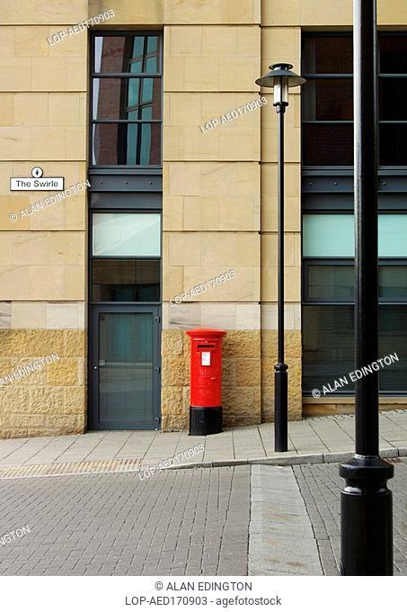 England, Tyne and Wear, Newcastle Upon Tyne, Red pillar box
