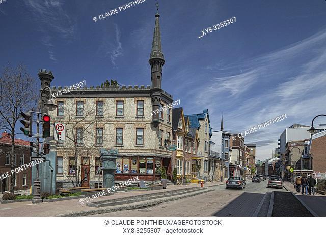 View of 19th century Chateau-des-Tourelles inn on Saint-Jean street, Québec city. Canada