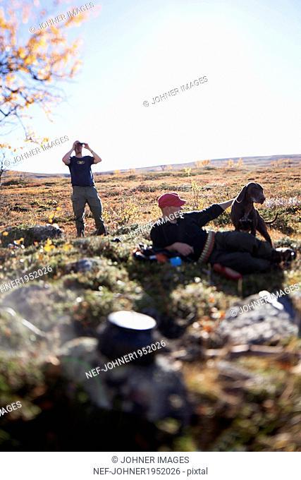 Men hunting, Nikkaluokta, Norrbotten, Lapland, Sweden