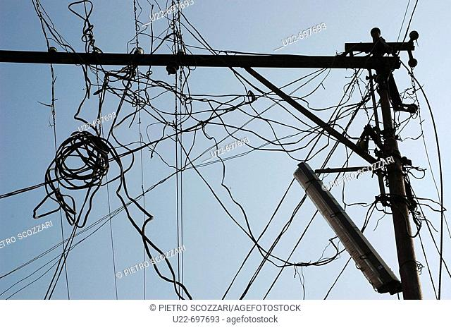 Astounding Electric Wire India Stock Photos And Images Age Fotostock Wiring 101 Ferenstreekradiomeanderfmnl