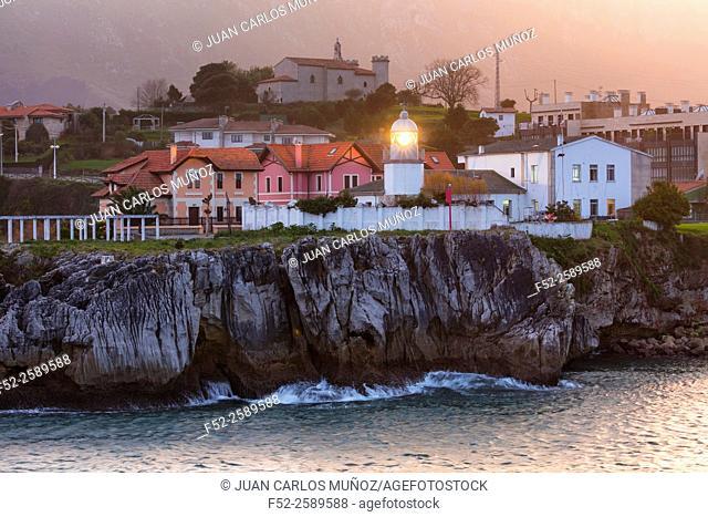 Lighthouse, Llanes town, Llanes Council, Asturias, Spain, Europe