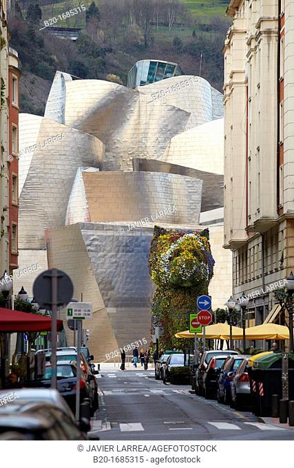 'Puppy' statue by Jeff Koons, Guggenheim Museum, Abandoibarra, Bilbao, Bizkaia, Basque Country, Spain