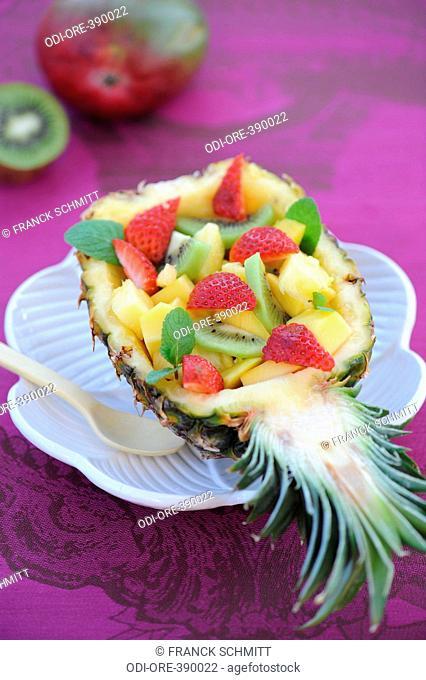 Fruit salad with orange blossom