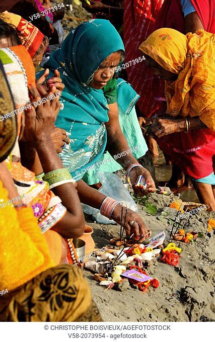 Hindu bihar prayer Stock Photos and Images | age fotostock