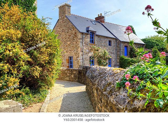 granite cottage in Saint-Suliac, Brittany, France