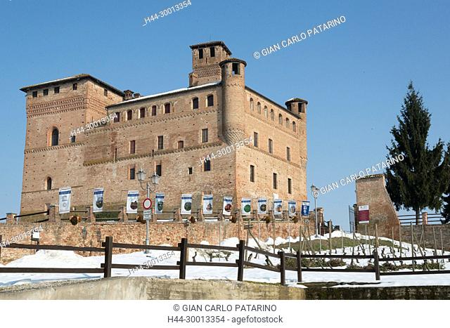 Langhe, Piedmont, Italy, panorama of vineyards of Piedmont Langhe-Roero and Monferrato in the World Heritage List of UNESCO View of the Castle of Grinzane...