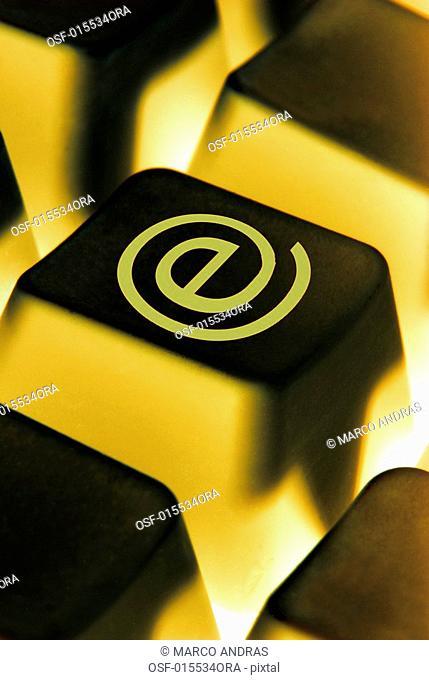 a computer ecommerce symbol