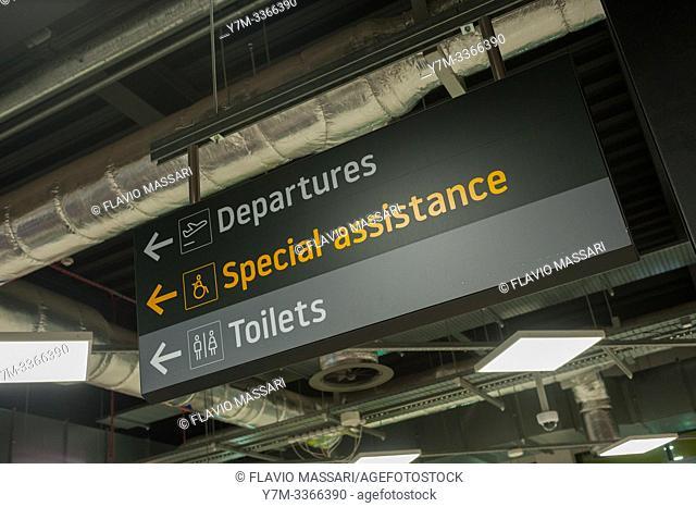 London Luton Airport Terminal
