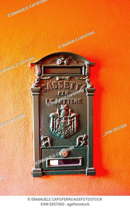 Mailbox, Italy