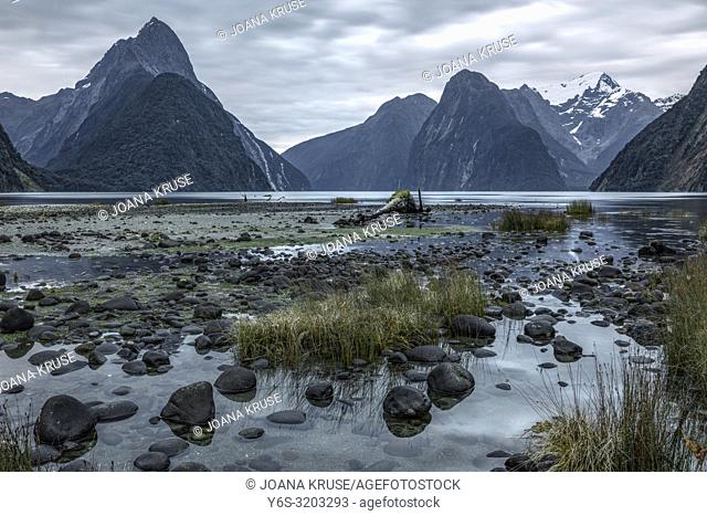 Milford Sound, South Island, Fiordland, New Zealand