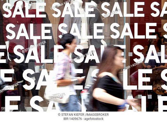 Sale in a shop on Oxford Street in London, England, United Kingdom, Europe