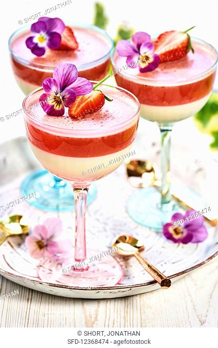 Layered dessert with strawberry daiquiri jelly
