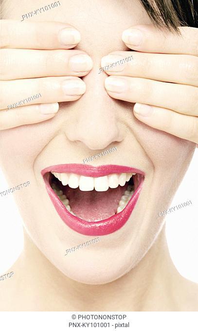Woman : make-up