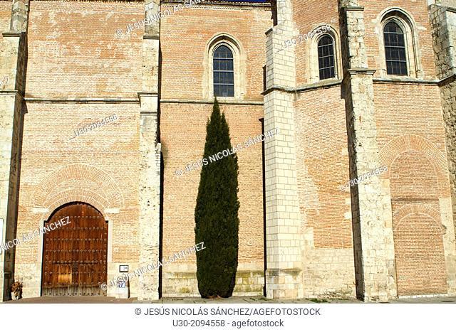 Santa María la Mayor Church, in Coca, Segovia province. Spain