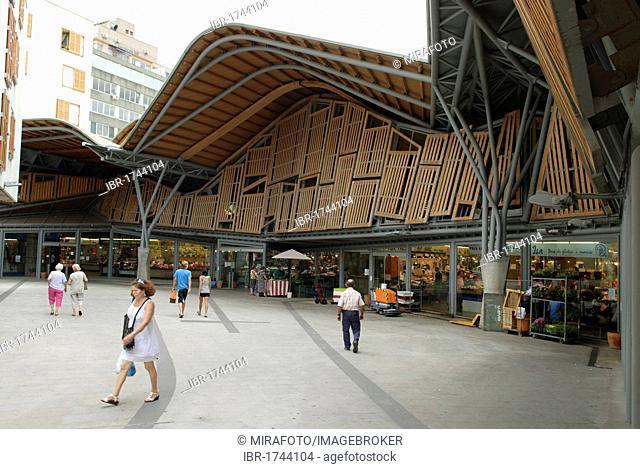 Exterior view of the Mercat Santa Caterina markets in Barcelona, Spain, Europe