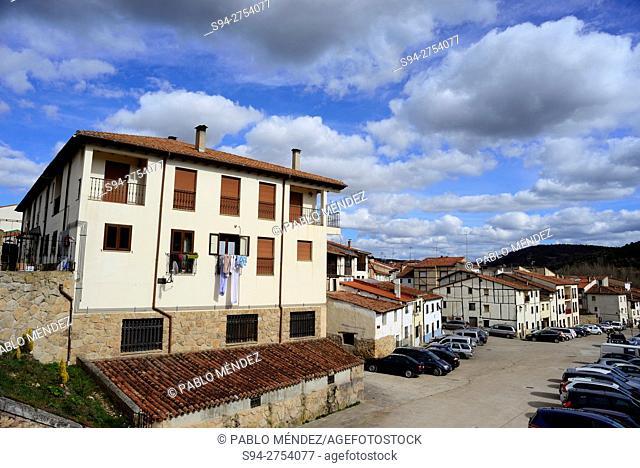 Big house and long square Covarrubias, Burgos, España