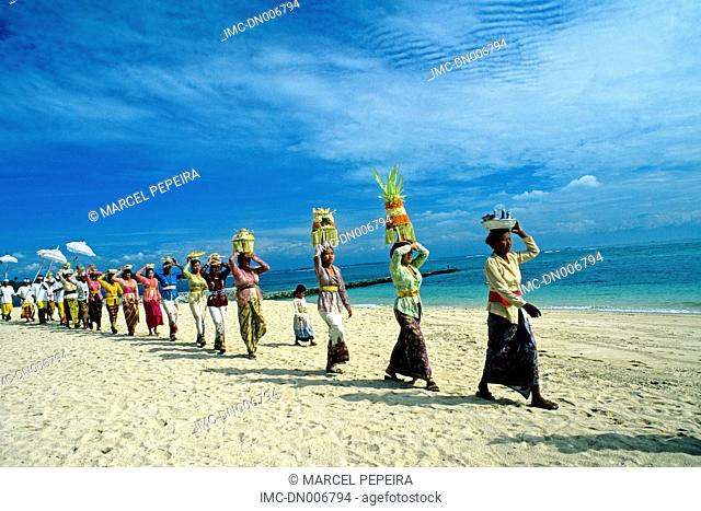 Indonesia, Bali, odalan procession on Nusa Dua beach