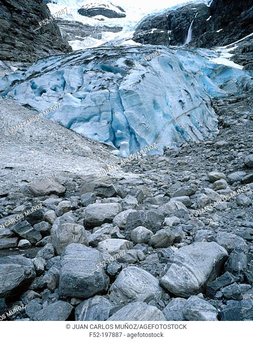 Kjenndalen Glacier. Norway