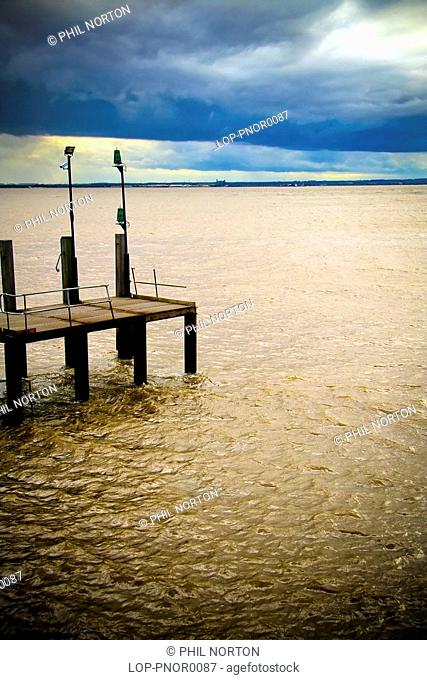 England, East Yorkshire, Kingston Upon Hull, A view out to sea from Hull Pier