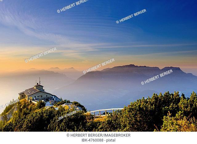 Kehlsteinhaus am Kehlstein, Untersberg at the back, sunset, Berchtesgaden Alps, Berchtesgaden National Park, Schönau am Königsee, Upper Bavaria, Beyern, Germany