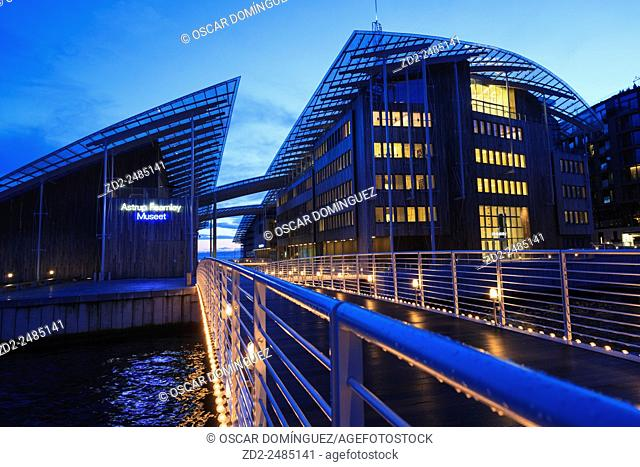 Tjuvholmen district and Astrup Fearnley Museum by Renzo Piano. Oslo. Norway
