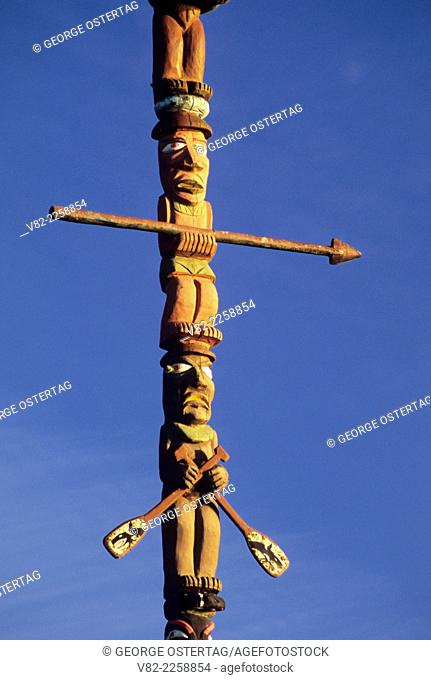 Totem pole, Waterfront Park, Allyn, Washington
