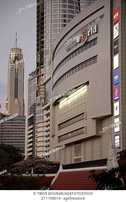 Thailand, Bangkok, Central World shopping and office complex