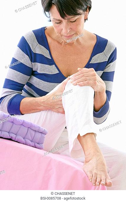 KNEE PAIN IN AN ELDERLY PERSON Model