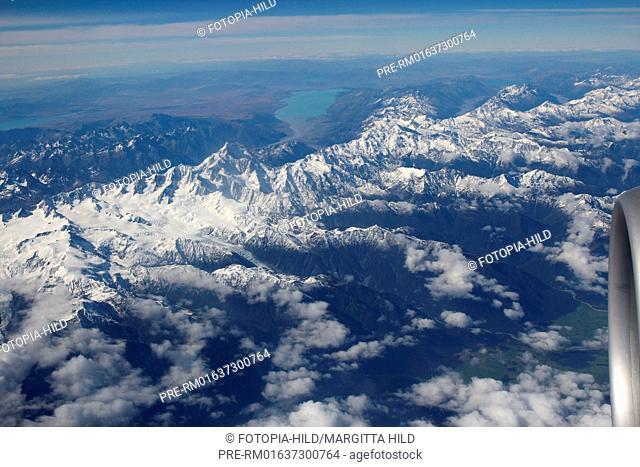Flying over Aoraki (Mount Cook), Mackenzie District, Canterbury Region, South Island, New Zealand / Flug über den Aoraki (Mount Cook), Mackenzie Distrikt