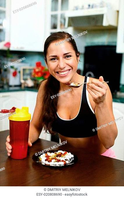 Sports woman and nutritional supplements
