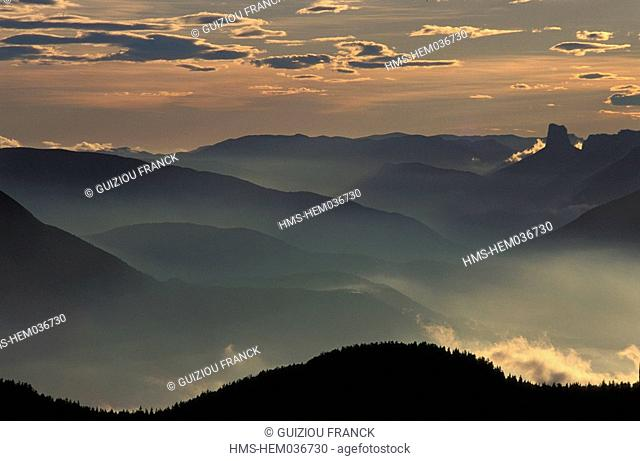 France, Isere, sunset on the Vercors massif