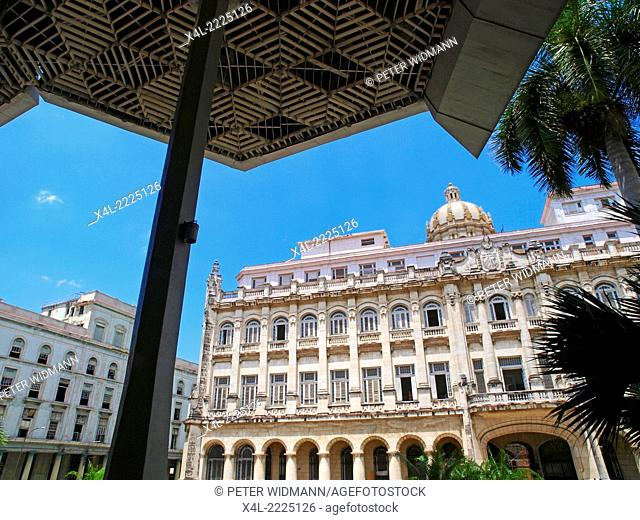Havanna Vieja, old city, revolutionary museum, Granma Memorial, Cuba, Havanna