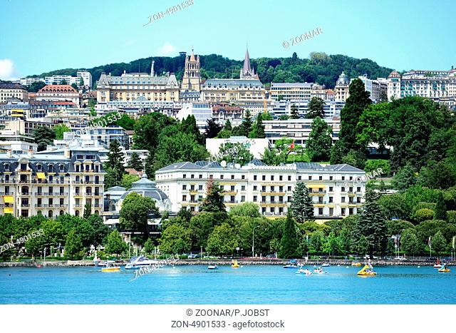 Lausanne liegt am Nordufer des Genfer Sees / Lausanne is situated at the norther shore of Lake Geneva