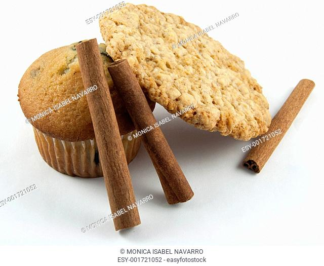 Muffin, Cookie & Cinnamon Sticks