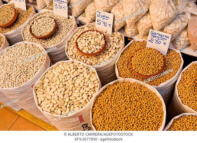Beans, Legumes, Food Shop, Street Market, La Alberca, Salamanca, Castilla y León, Spain, Europe