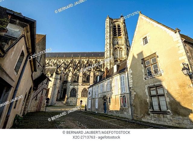 Cathedral Saint Etienne, Bourges, Cher, Unesco World Heritage Site, France, Europe