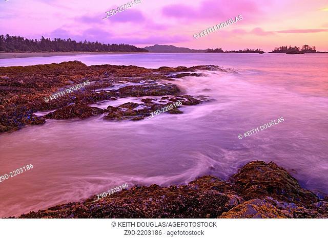 Chesterman Beach at sunrise, Tofino, Vancouver Island, British Columbia