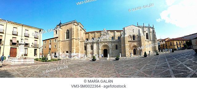Facade of San Isidoro basilica. Leon, Spain