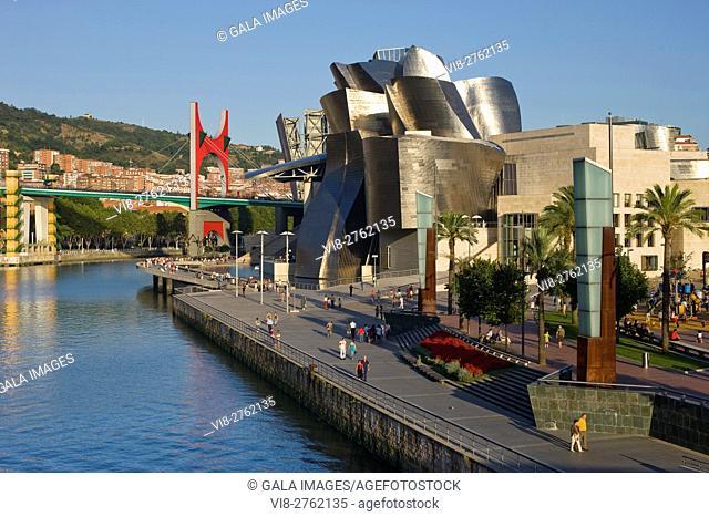 GUGGENHEIM MUSEUM OF MODERN ART NERVION RIVER BILBAO BASQUE COUNTRY SPAIN