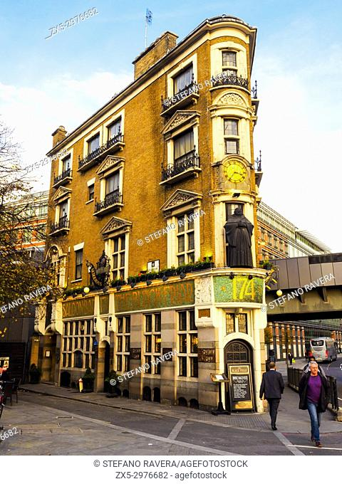 The Black Friar Pub is a traditional pub with Henry Poole's Art Nouveau reliefs reflecting the friary that once stood there- London, England