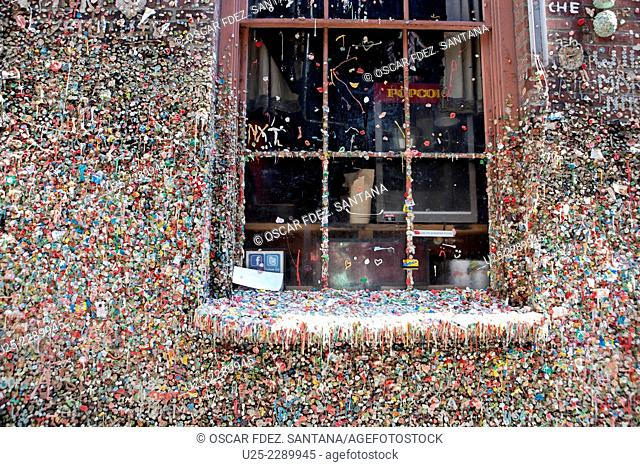 Market Theater Gum Wall, Post Alley 1428, Seattle, Washington, USA
