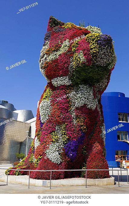 Pupi and Guggenheim museum, Bilbao, Bizkaia, Spain