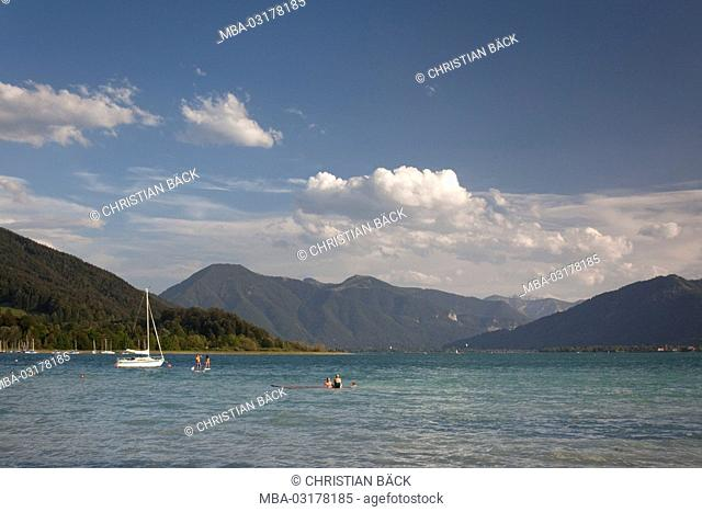 View at the Tegernsee in Kaltenbrunn near Gmund in the Tegernsee, Upper Bavaria, Bavaria, South Germany, Germany