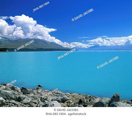 Turquoise blue glacial waters of Lake Tekapo in Canterbury, South Island, New Zealand, Pacific