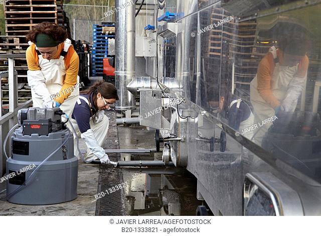 Azti-Tecnalia researchers collecting water samples for analysis, box washing machine, Mercabilbao fruits and vegetables wholesale market, Basauri, Bilbao